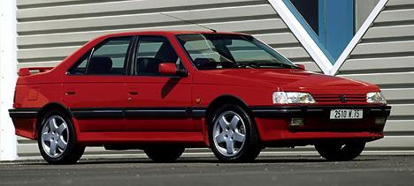 Автомобиль среднего класса Peugeot 405 обладал отличным балансом качеств.